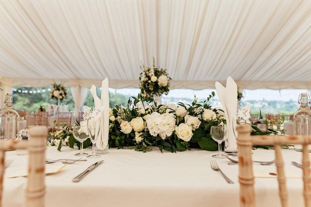 Buckinghamshire-wedding-photographer-051.jpg