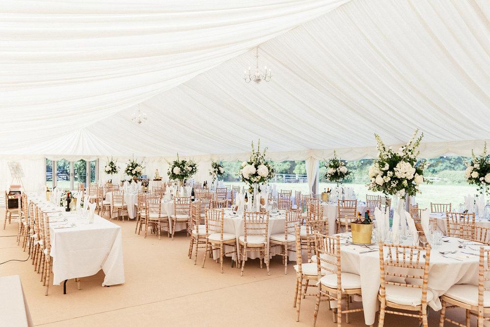 Buckinghamshire-wedding-photographer-052.jpg