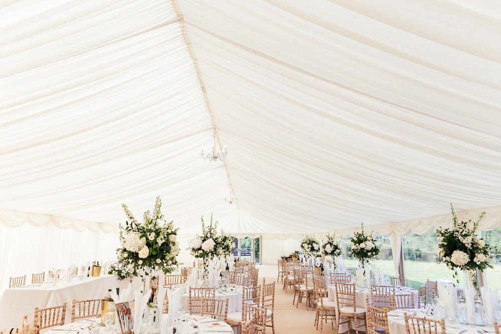 Buckinghamshire-wedding-photographer-053.jpg