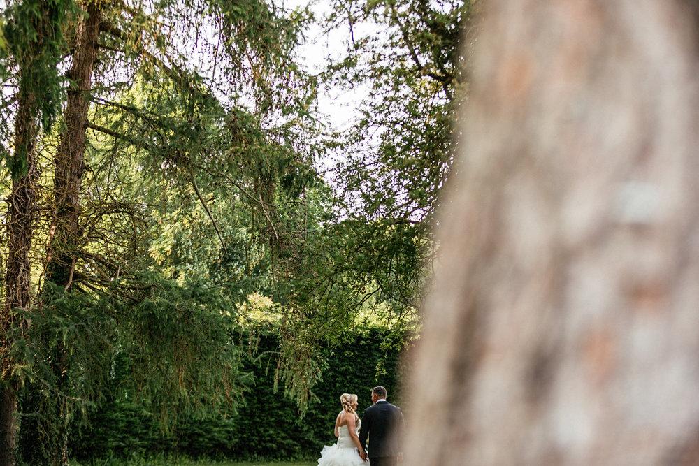 Buckinghamshire-wedding-photographer-057.jpg