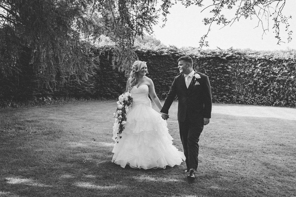 Buckinghamshire-wedding-photographer-058.jpg