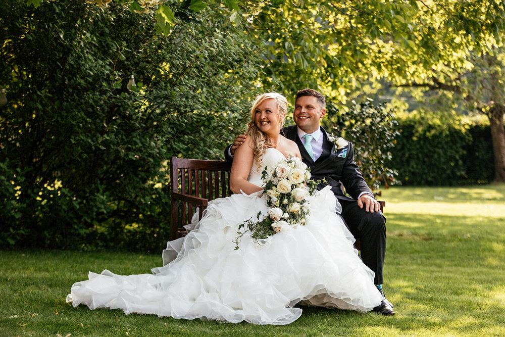 Buckinghamshire-wedding-photographer-060.jpg
