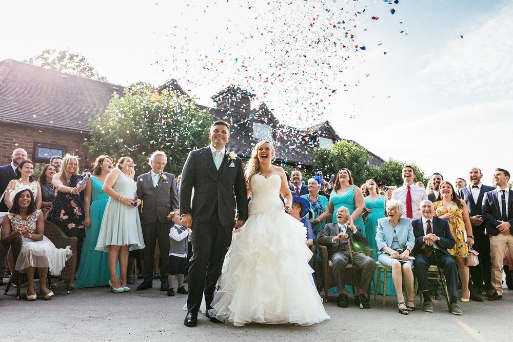 Buckinghamshire-wedding-photographer-065.jpg