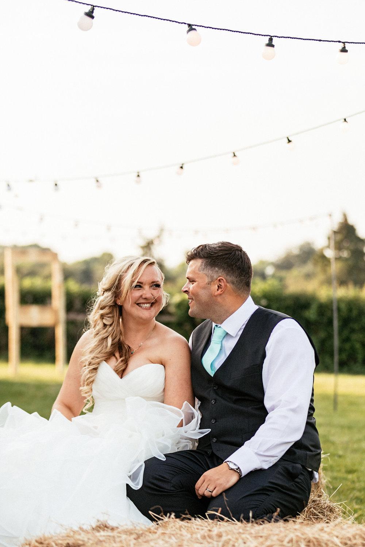 Buckinghamshire-wedding-photographer-073.jpg