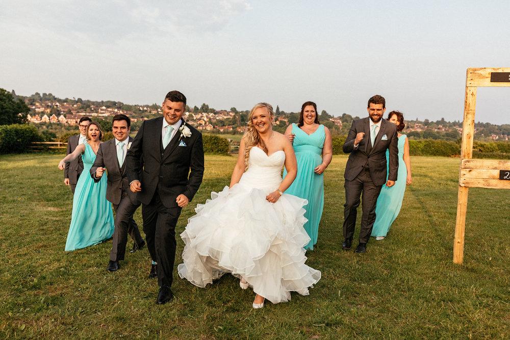 Buckinghamshire-wedding-photographer-077.jpg