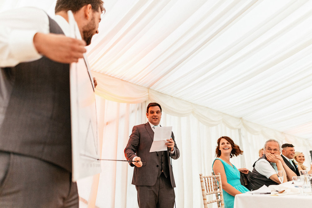 Buckinghamshire-wedding-photographer-088.jpg