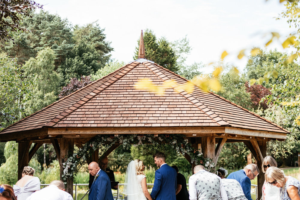 Moddershall-Oaks-Spa-Wedding-Photographer-020.jpg