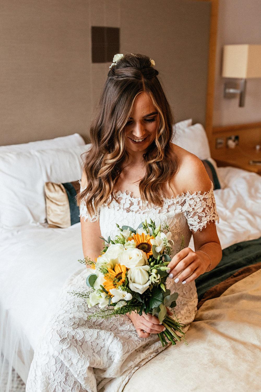 Ashton-Memorial-Wedding-Photographer-008.jpg