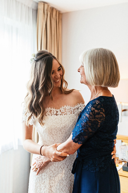 Ashton-Memorial-Wedding-Photographer-007.jpg