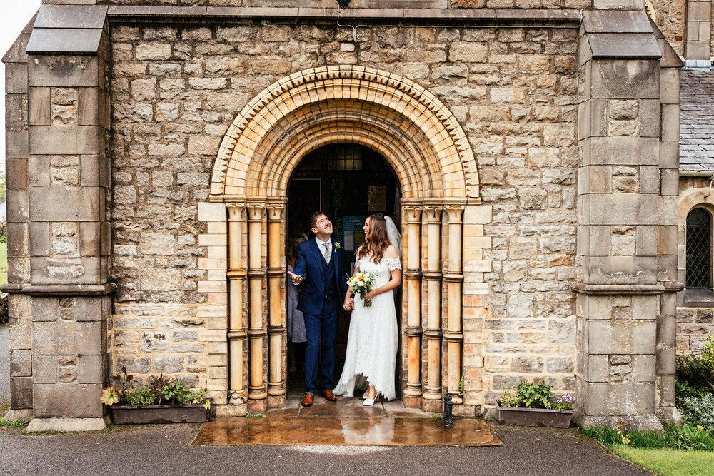 Ashton-Memorial-Wedding-Photographer-034.jpg