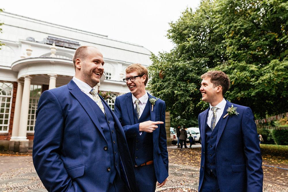 Ashton-Memorial-Wedding-Photographer-046.jpg