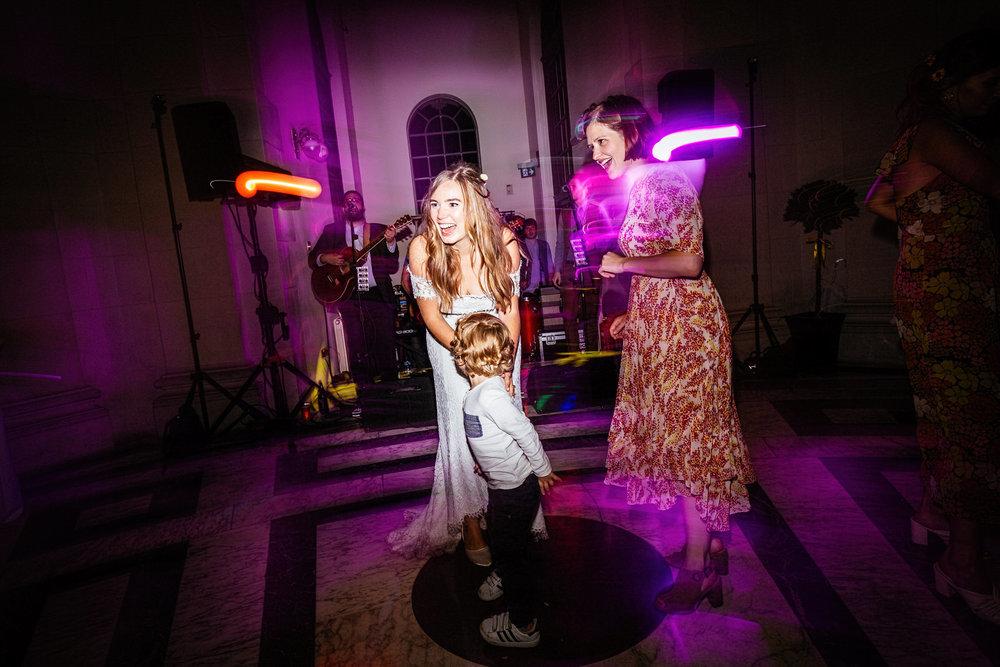 Ashton-Memorial-Wedding-Photographer-087.jpg