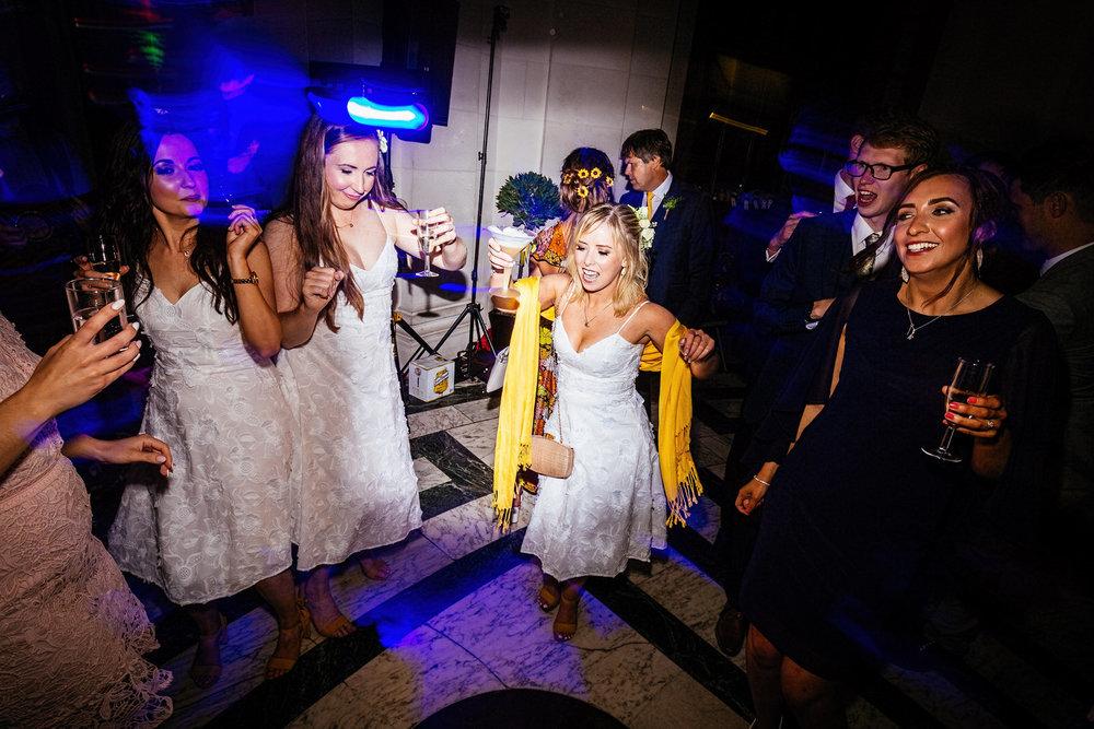 Ashton-Memorial-Wedding-Photographer-088.jpg