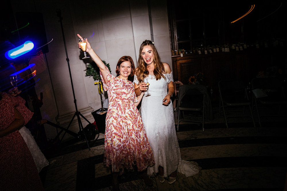 Ashton-Memorial-Wedding-Photographer-099.jpg