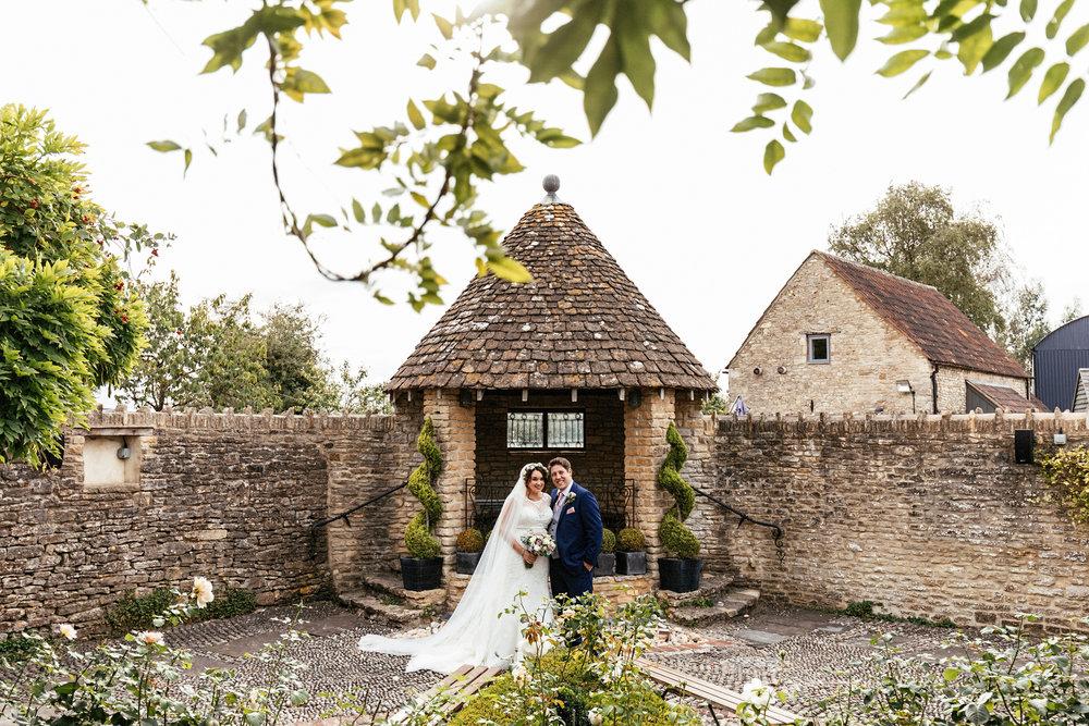 Winkworth-Farm-Wedding-Photographer-100.jpg