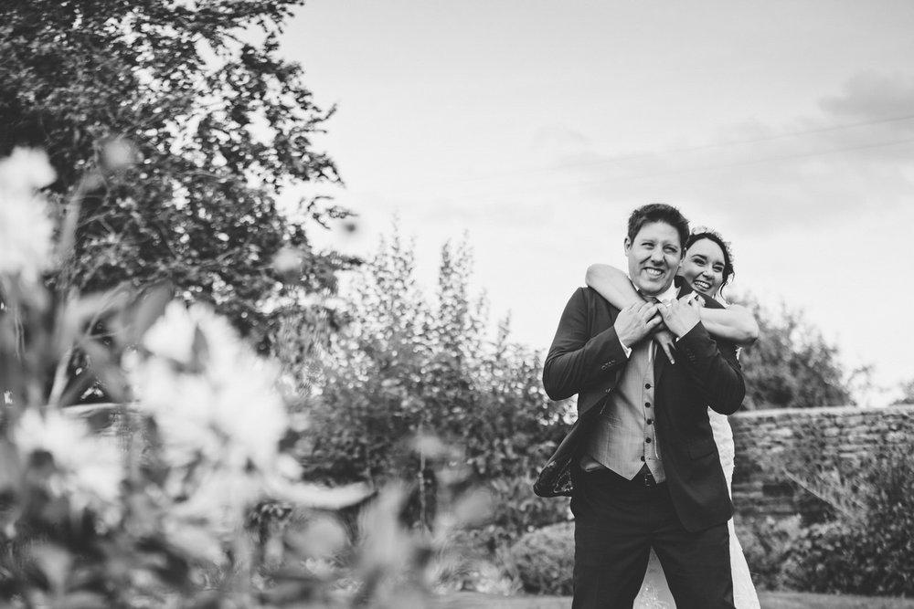 Winkworth-Farm-Wedding-Photographer-103.jpg