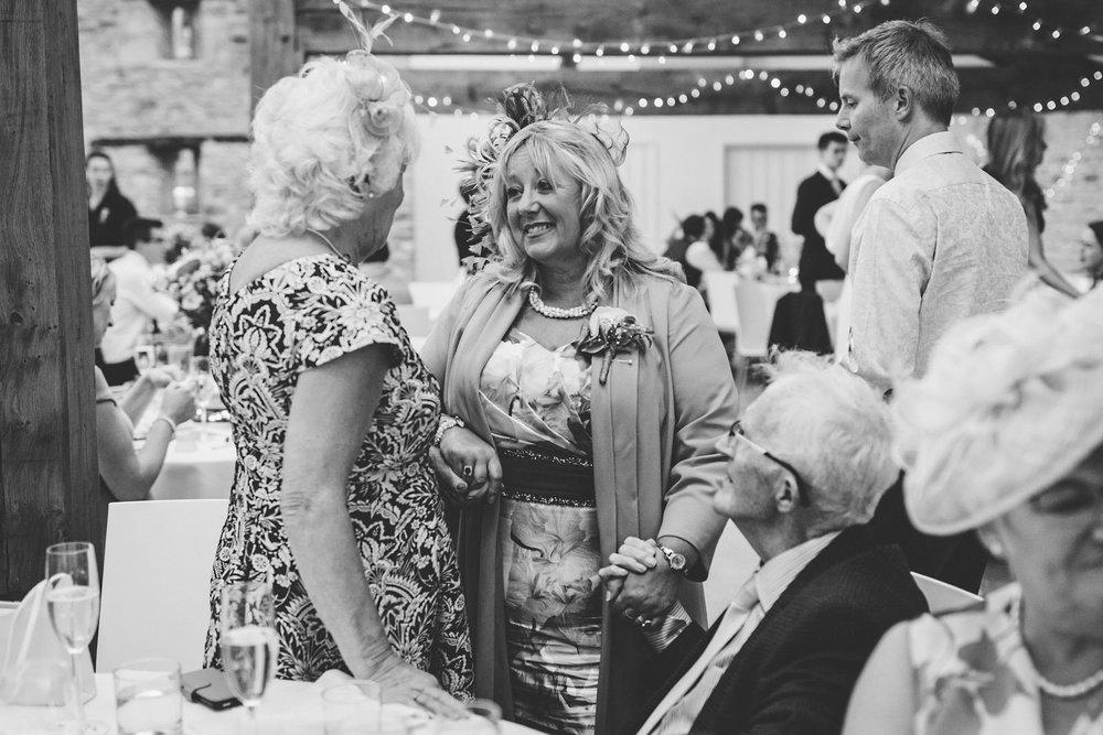Winkworth-Farm-Wedding-Photographer-123.jpg