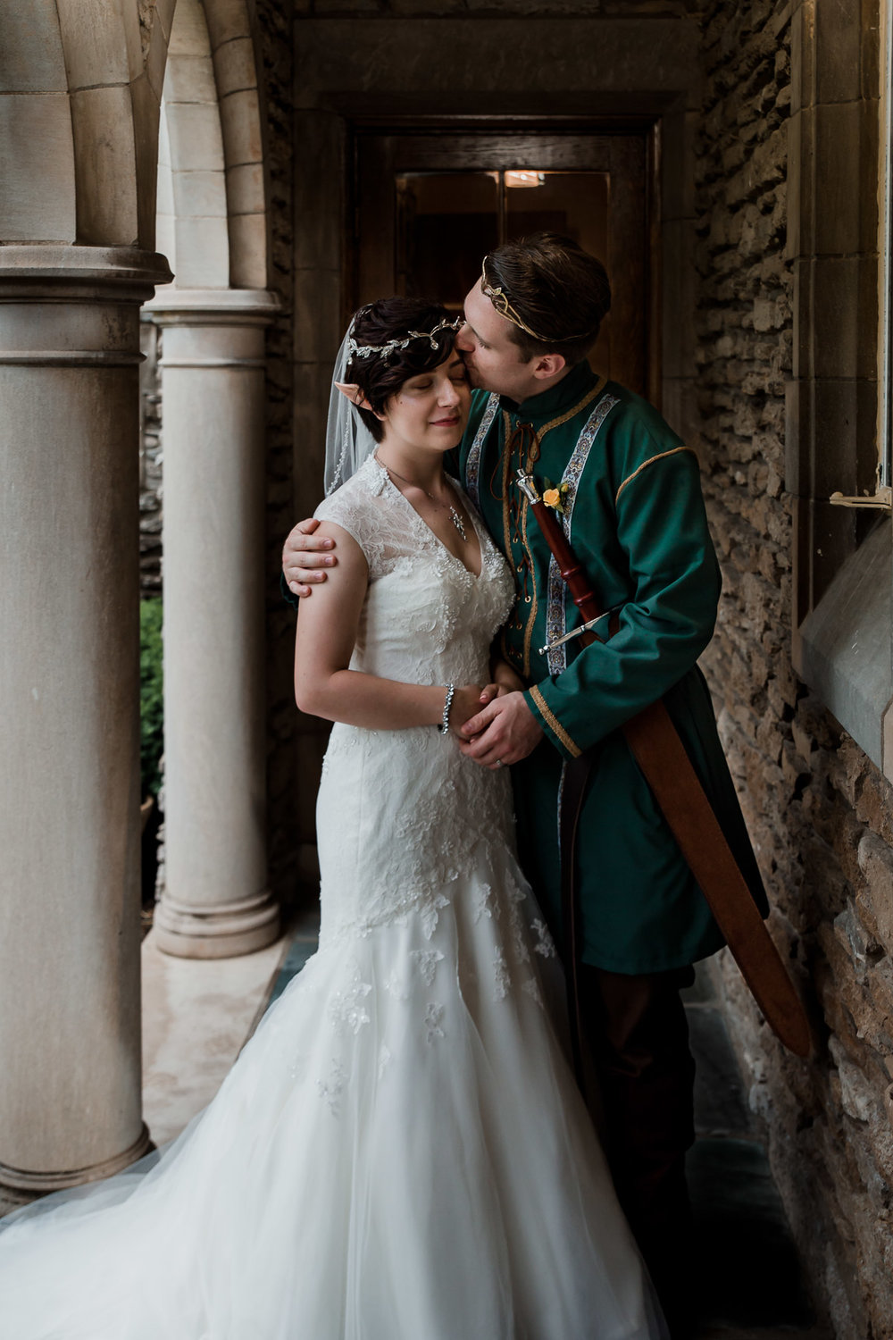 Louisville Lord of the Rings Wedding | Lauren Alexandra Photography