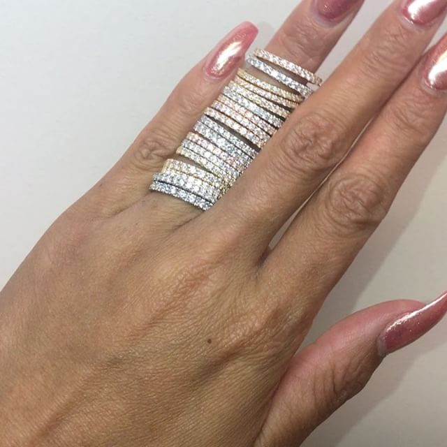 Eeny, meeny, miny, moe 💍  Just another day in the office 😍wedding bands looking very sparkly.  Not getting married? No problem treat yourself to some dainty bling!  #weddingbands #diamondsareforever #sparkle✨ #weddingseason #ringselfie #goals #ringgoals #couplegoals #bling #bridetobe #marriagegoals #want #somuchbling #mondayvibes #tagafriend