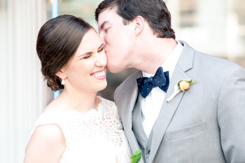 Athens-Georgia-wedding-kiss.jpg