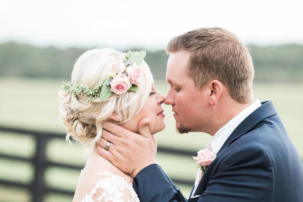 wedding-kiss-38.jpg