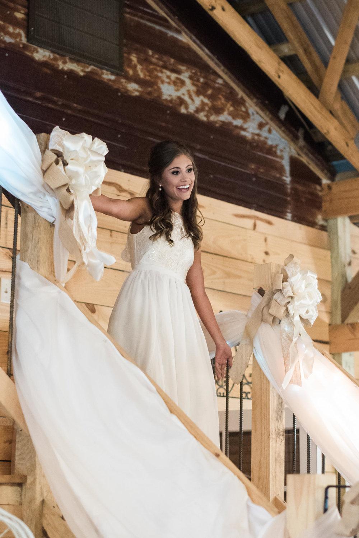 Athens-Wedding-bride-reveal-27.jpg