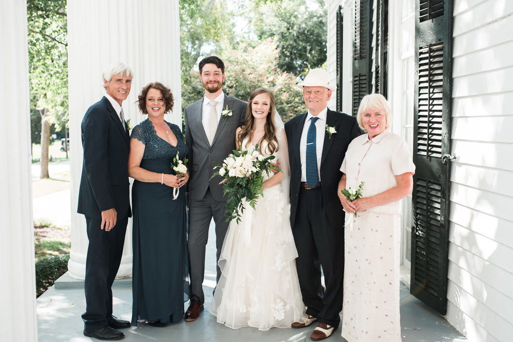 Athens-wedding-bride-family-38.jpg