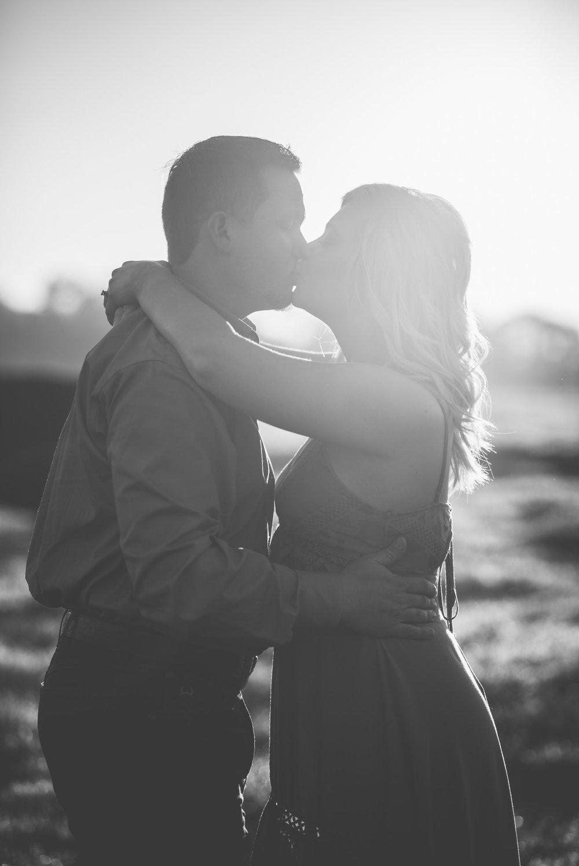 athens-sunrise-engagement-kiss-7.jpg