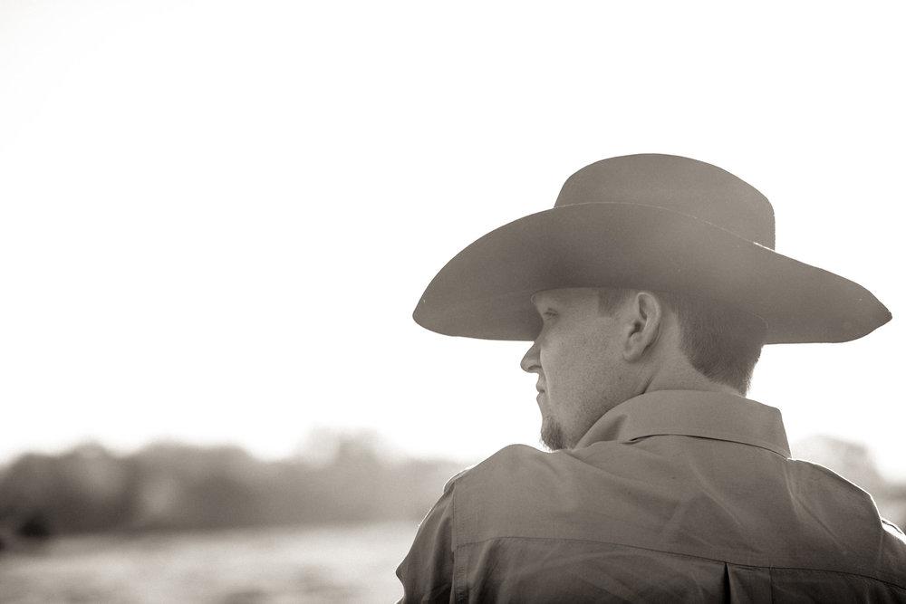 athens-sunrise-engagement-cowboy-18.jpg