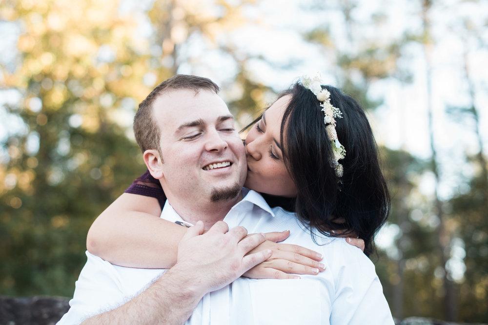 atlanta-engagement-kiss-9.jpg