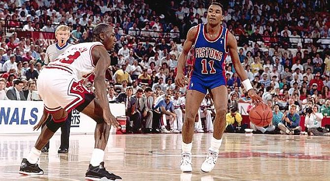 Michael Jordan vs Isaiah Thomas