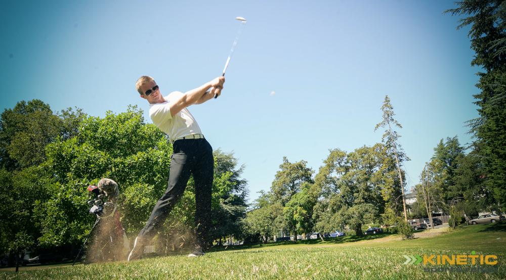 Man_Golfing_In_Seattle.JPG
