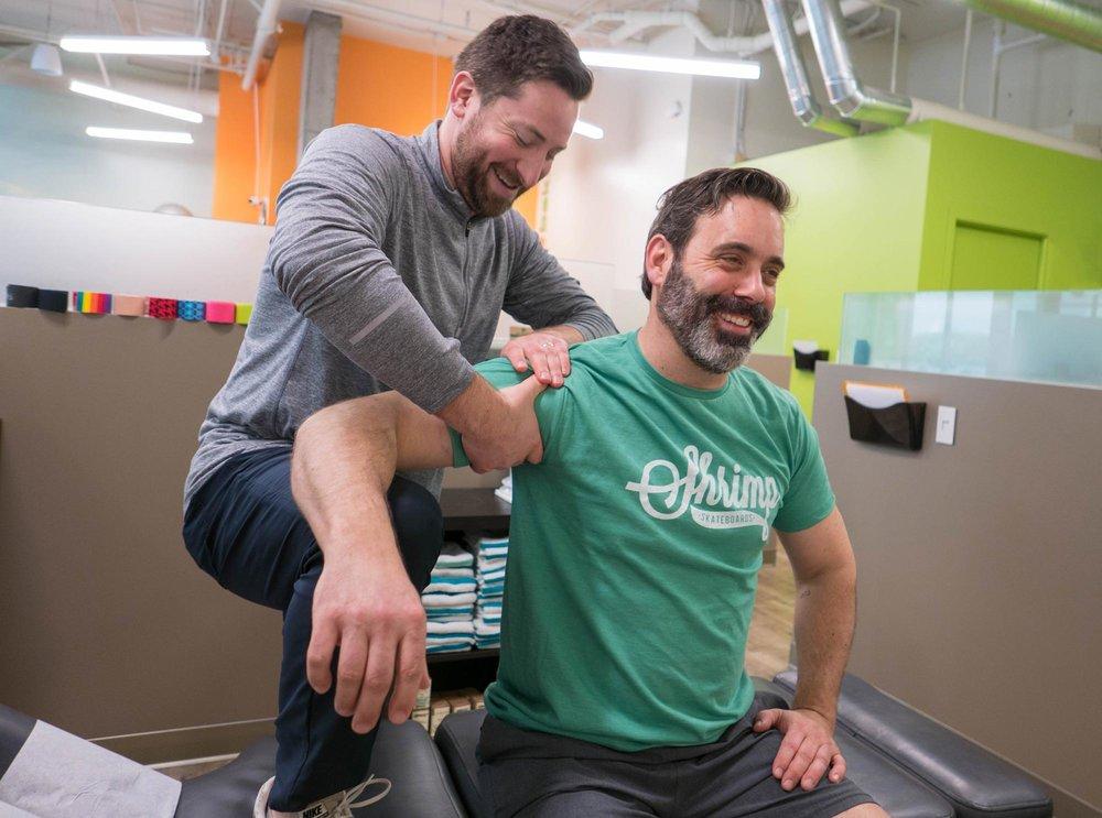Treatment_sports_Chiropractor_Shoulder_Impingement_Pain_Seattle.jpg