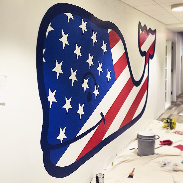Vineyard Vines Patriotic Whale