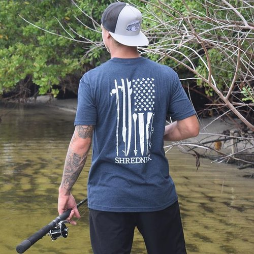 """I know the human being and fish can coexist peacefully."" - George W. Busch www.SHREDNECKUSA.com  Link in the Bio☝🏼️ 🇺🇸 #shredneck #fishing #hunting #surfing #snowboarding #motocross #spearfishing #wakeboarding #wakesurfing #skateboarding #redneck #mudding #beer #whiskey #bmx #mountainbiking #boats #trucks #ocean #mountains #country #shrednecks #shredneckusa"
