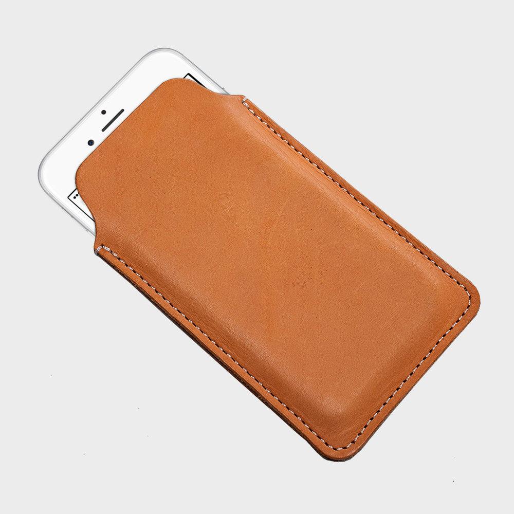 極簡手機套 Phone Case  NT$ 1,500 (依據尺寸調整)  HDB2006