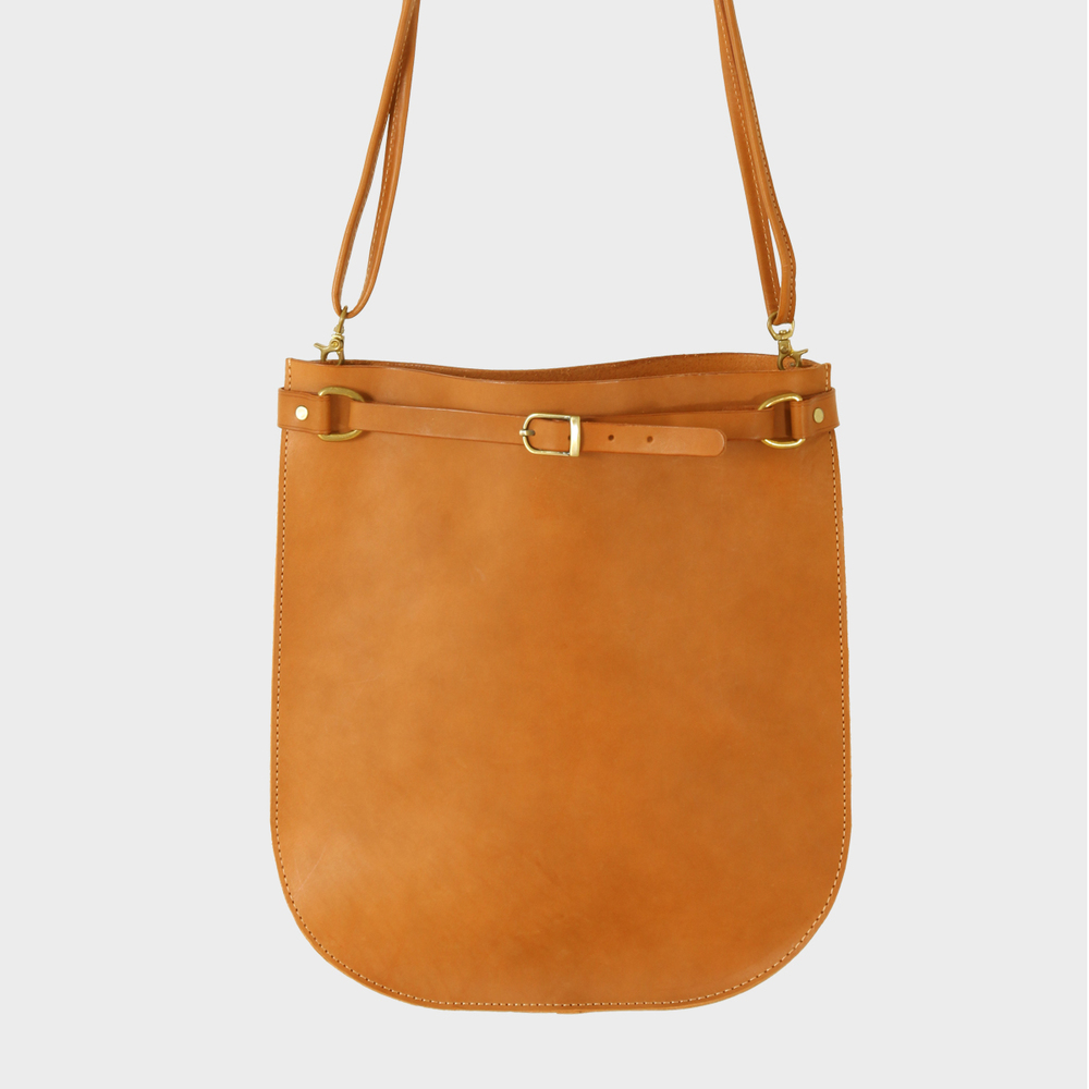 馬鞍肩背包 Saddle Shoulder Bag   NT$ 4,980  HDA0019