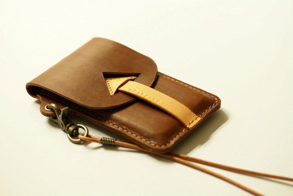 cs-pair-phone-case-2.jpg