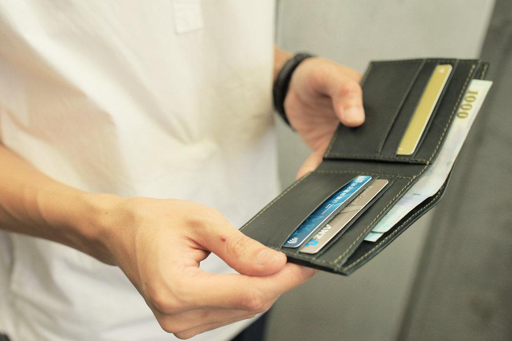 極簡短夾(卡夾款) 課程價格:NT $ 2,980 課程所需時間:6 hr 尺寸:9.7 x 22 cm
