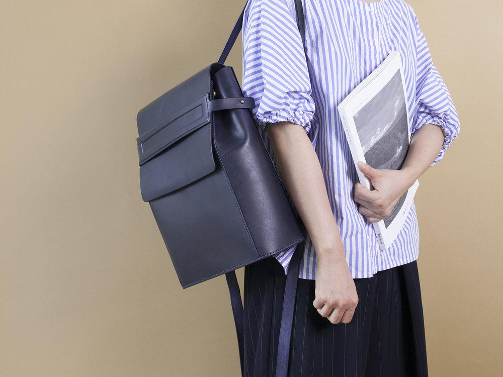 A字型後背包