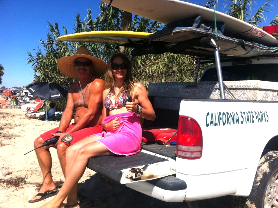getting some shade with a california lifeguard after surfing famous and perfect san onofre!