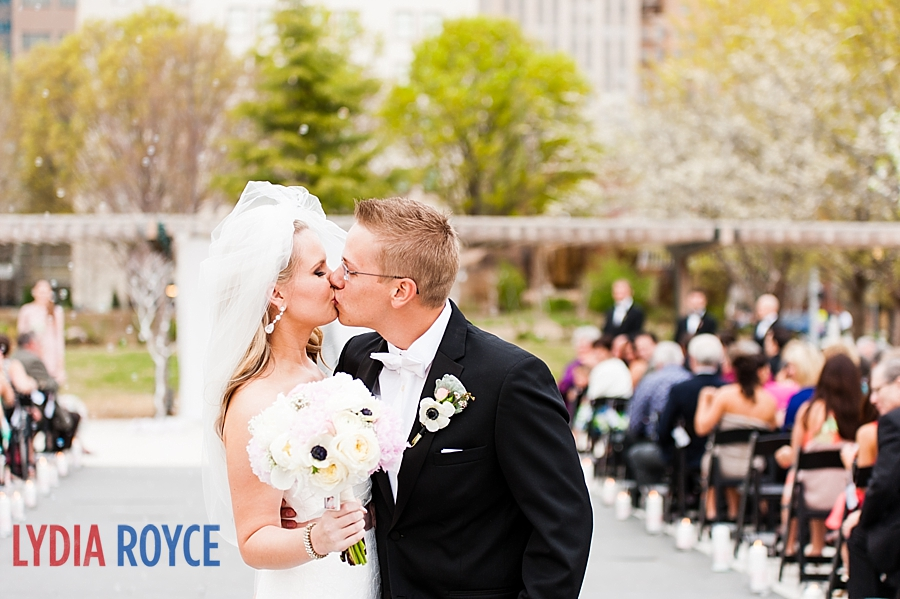 myriad_botanical_gardens_okc_wedding_photographer_24