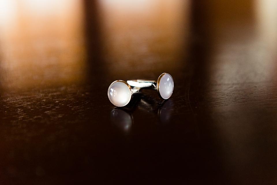 mens-wedding-cufflinks