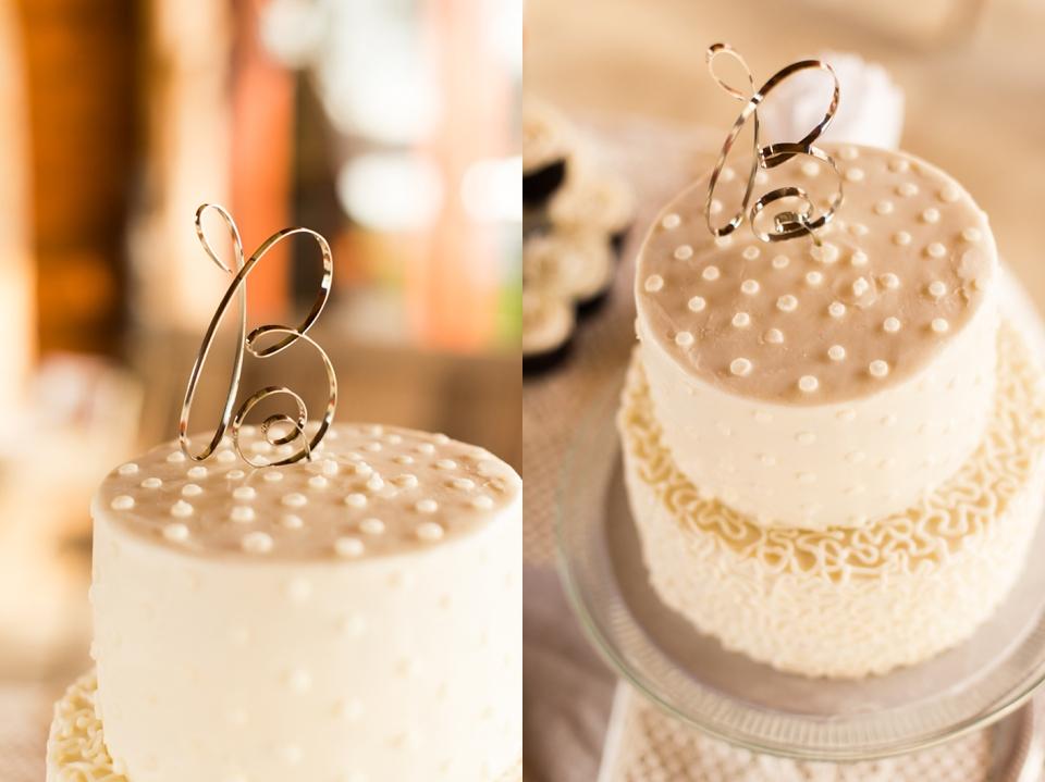 Tina-Woodbridge-wedding-cake