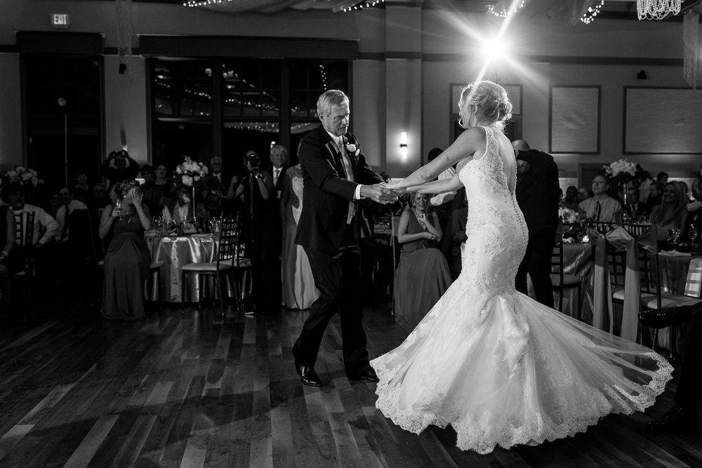 noahs-event-venue-richardson-wedding_0096.jpg