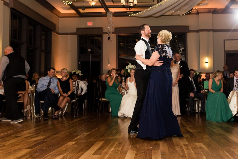 noahs-event-venue-richardson-wedding_0097.jpg