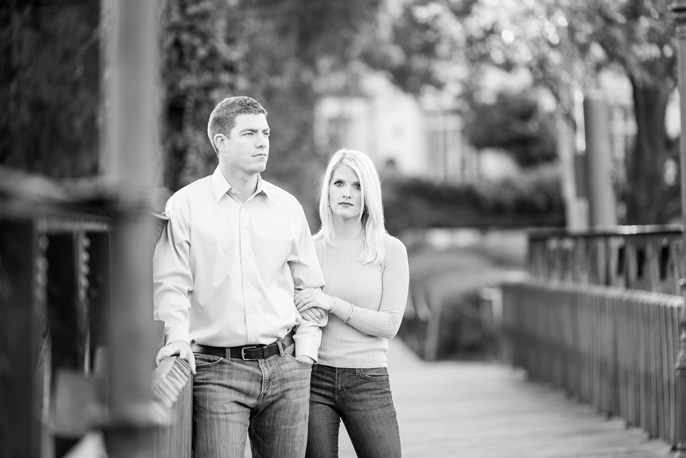 lakeside-park-engagement_0009.jpg