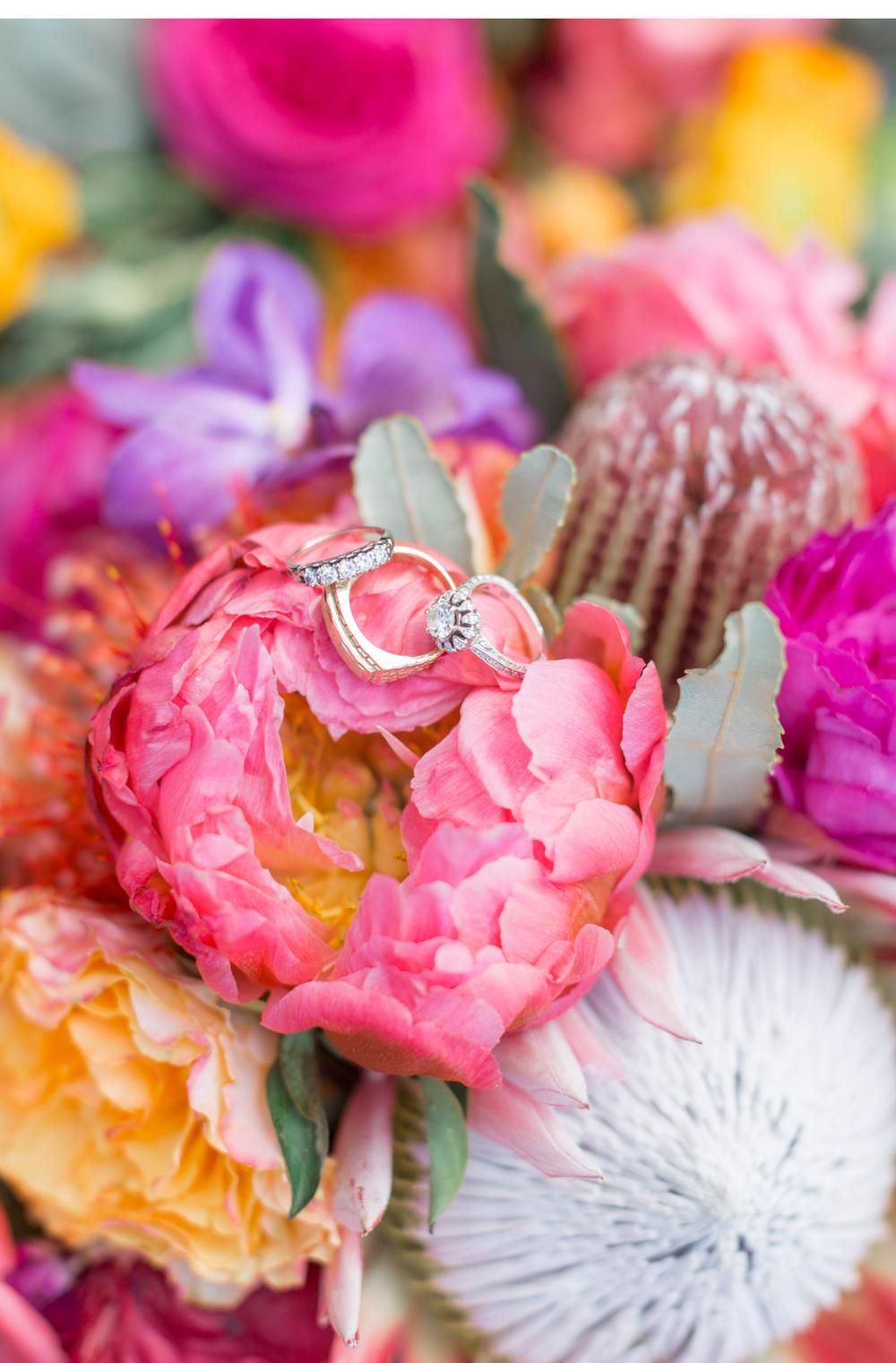 Natalie-Schutt-Photography--Style-Me-Pretty-Maui-Wedding_04.jpg