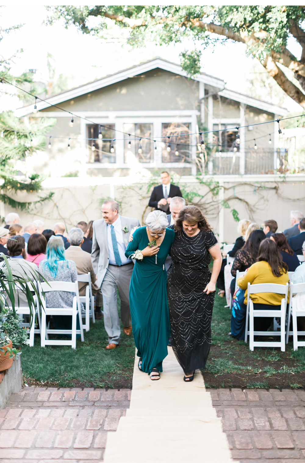 Dougher-Backyard-Wedding_04.jpg
