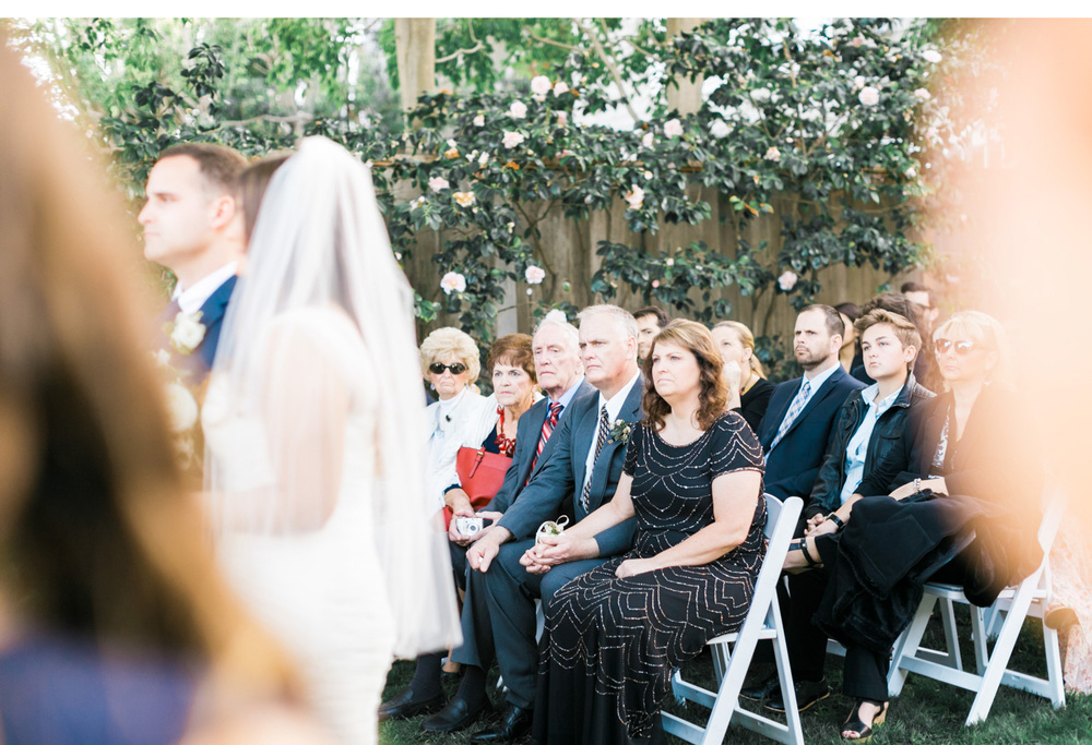 Jon-&-Amanda's-Backyard-Manhattan-Beach-Wedding_07.jpg